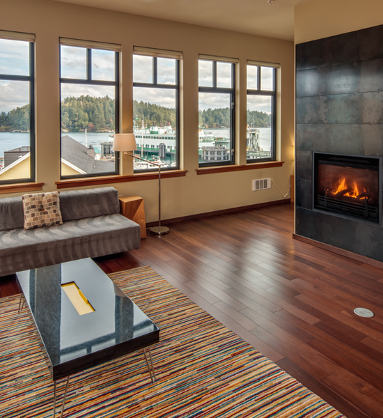 Cozy Living Space Friday Harbor Hotel The Island Inn at 123 West Penthouse 2