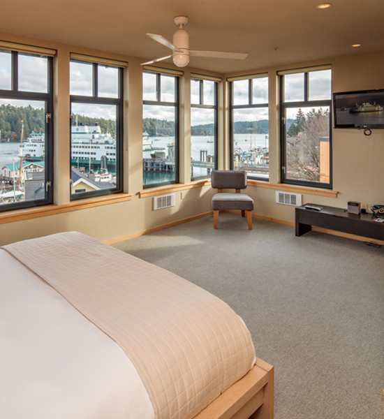 Friday Harbor Hotel The Island Inn at 123 West Penthouse 1 King-sized bedroom on the second level with a full Harbor View